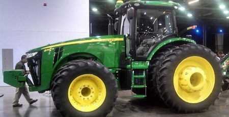 Tractor with ballast racks