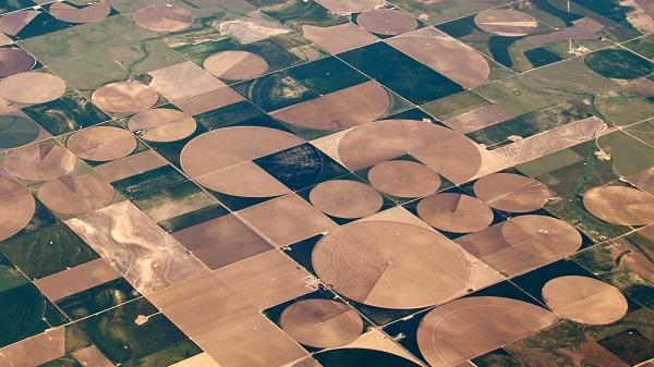 GPS in agriculture - landsat satellite