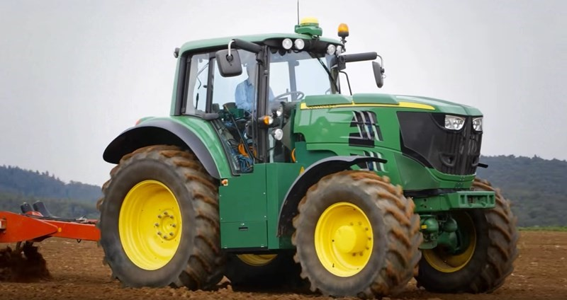 Science Fiction? Not quite.. John Deere's concept tractor borrows from Tesla's playbook.